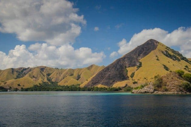Kencana Advenure Tour Komodo Islands Indonesia