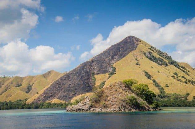 Kencana Adventure tour Flores Indonesia