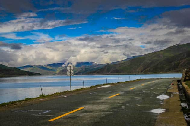 Tibet country roads