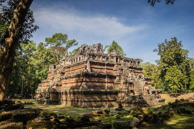 Complete Guide to Visiting Angkor Temples Cambodia