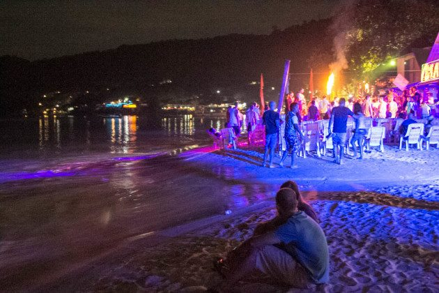 Complete Guide to Phi Phi Islands Full Moon Party