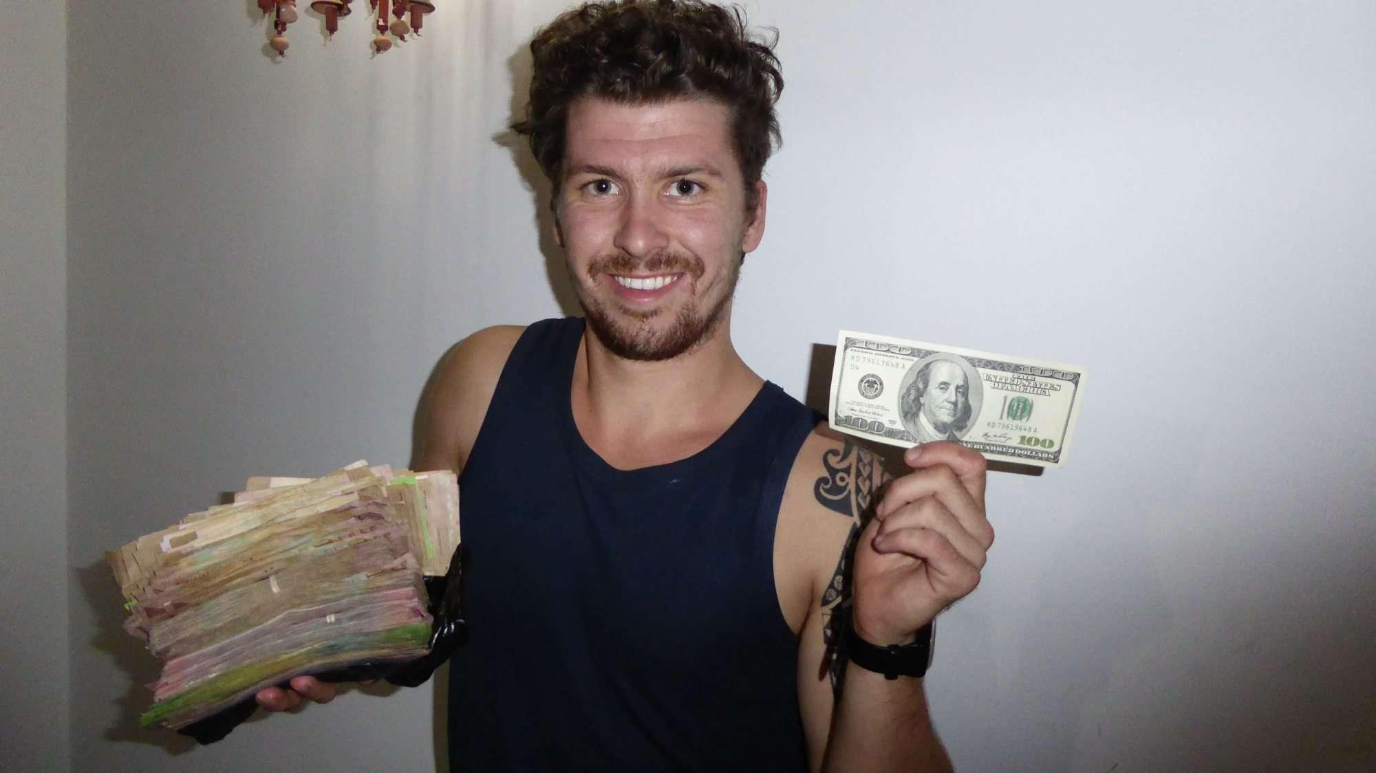 Changing $100 on the black market Venezuela