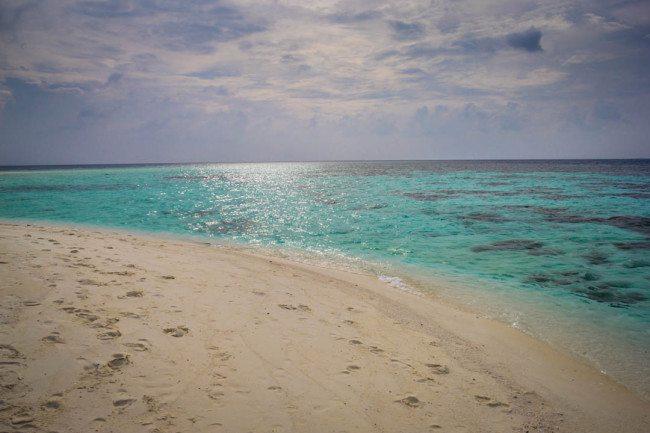 Radhdhigga Island Maldives Photos