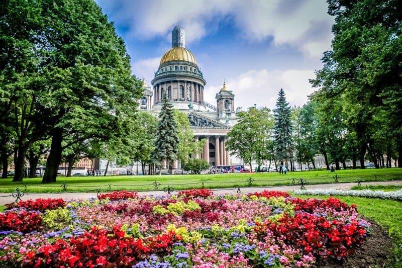 Best Photo Spots in St. Petersburg Russia