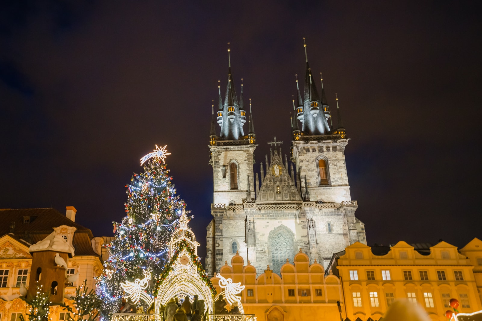 Essential Prague Christmas Market Guide (Tips & Advice)