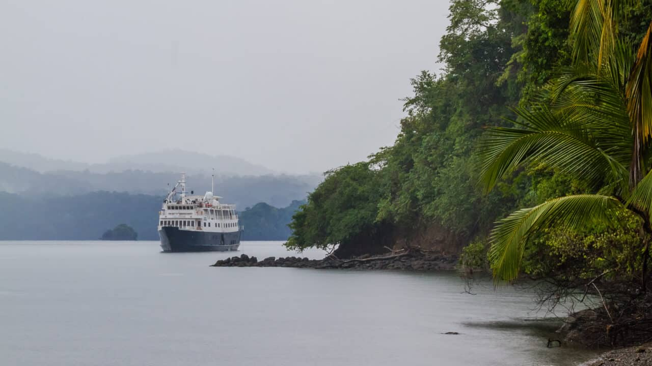 Cost Rica Cruise - UnCruise Adventures